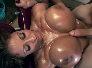 Enormous  mature biz dame deepthroat..